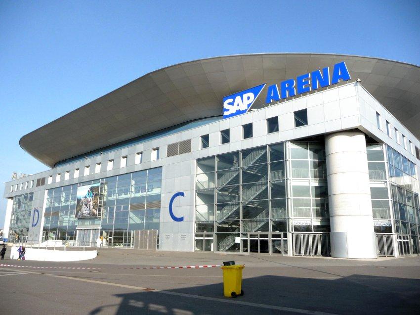 SAP ARENA MANNHEIM, Německo - střešní plášt