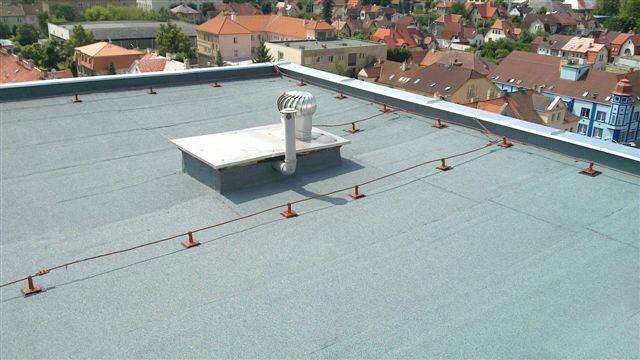 ČS Armády, Kladno - oprava a zateplení střechy