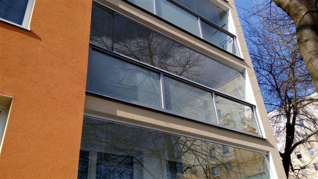 Panelový dům, rekonstrukce - zateplení objektu, oprava vstupu